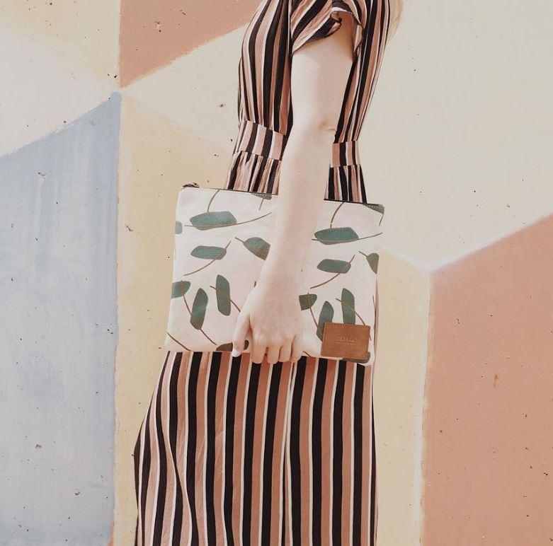 O My Bag canvas clutch
